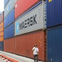 """Đã bắt lại 50 trong 213 container """"biến mất"""" ở Cát Lái"""