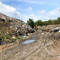 Nhiều dự án khu nghỉ dưỡng tại Phú Quốc lãnh đủ vì các núi rác