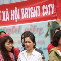 Khóc mờ mắt vì lỡ mua nhà ở xã hội Bright City