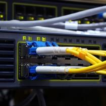 Trung Quốc có thể chặn internet của Việt Nam?
