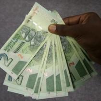 """Chán tiền tỷ đô, Zimbabwe phát hành """"phiên bản USD"""""""