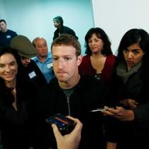Facebook - gã thực dân thời đại kỹ thuật số
