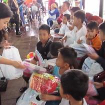 Chương trình Vòng Tay Lớn 2017 mang về hơn 4 tỷ đồng cho người nghèo Quảng Nam