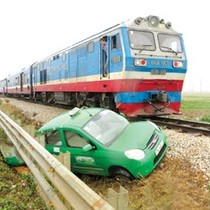 Tai nạn đường sắt tăng cao: Vẫn bùng nhùng trách nhiệm