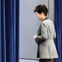 """Tổng thống Hàn Quốc """"ngã ngựa"""", Việt Nam bị ảnh hưởng"""