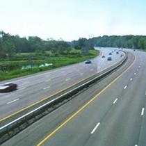 Dự án đường cao tốc Đà Nẵng - Quảng Ngãi xuất hiện nhiều vết nứt