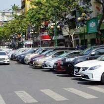 """Gửi xe giá """"bèo"""", doanh nghiệp không muốn đầu tư bãi đỗ xe ở TP HCM"""