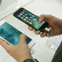 iPhone xách tay trong muôn trùng vây của ông lớn bán lẻ