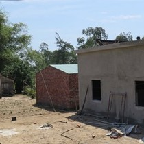 Rầm rộ xây nhà trái phép để trục lợi
