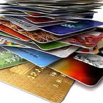 """Số lượng thẻ ATM tăng """"chóng mặt"""" nhưng đang được sử dụng thế nào?"""
