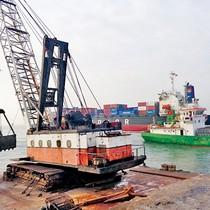 Chậm tiến độ, dự án nạo vét luồng hàng hải sẽ bị thu hồi