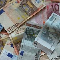 Tỷ giá ngoại tệ ngày 21/4: USD mất đà tăng