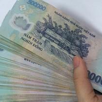 """Doanh nghiệp Trung Quốc bị tố """"quỵt"""" tiền gia công"""