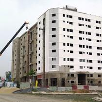 Xây dựng 3 năm chưa xong nhà ở cho công nhân