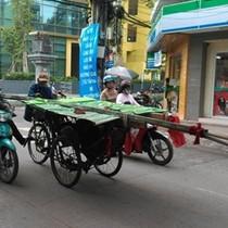 """Xe tự chế """"đại náo"""" phố phường Sài Gòn"""