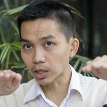 """TS Nguyễn Đức Thành: Tăng thuế xăng chỉ là """"giật gấu vá vai"""""""