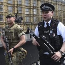 Hành trình trở thành khủng bố của những kẻ cực đoan Anh