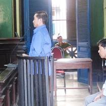 TP.HCM: Nguyên chủ tịch xã tiếp tay cho cò đất lừa đảo