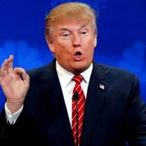 """Ông Trump gọi CNN là """"rác rưởi"""", bảo vệ quyền dùng Twitter"""