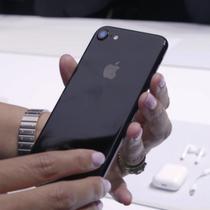 iPhone 7 khóa mạng giảm giá mạnh trước tin đồn Apple sắp ra mắt iPhone 8