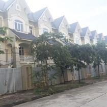 Các khu đô thị bị bỏ hoang: Hệ lụy của nhà xây trước, hạ tầng làm sau
