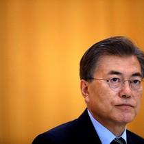 Vì sao Tổng thống Hàn Quốc sốt sắng đàm phán với Triều Tiên?