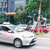 Xử phạt xe không mang theo đăng ký bản gốc: Lợi bất cập hại!?