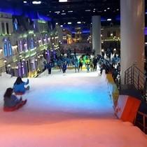 """Khu vui chơi trượt tuyết lớn nhất ASEAN tại TP.HCM: Dễ """"vỡ mộng""""!"""