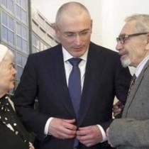 Vừa ra tù, tỷ phú Nga Khodorkovsky đã sống rất xa hoa