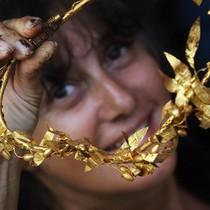 Giá vàng giảm mạnh nhất tháng