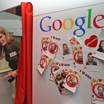 """Khám phá bảng lương """"trên trời"""" của nhân viên Google"""
