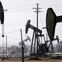 Giá dầu giảm 5% xuống đáy 3 tháng