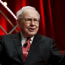 """Nghệ thuật bán hàng kỳ lạ của bà chủ tiệm vest Trung Quốc có Warren Buffett là """"khách ruột"""""""