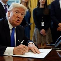 """Mỹ chuẩn bị xài """"luật rừng"""" trong thương mại với Trung Quốc?"""
