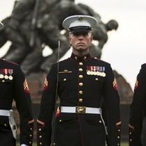 [Infographic] Mỹ phân bổ quân sự của mình trên thế giới như thế nào?