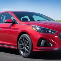 Hyundai Sonata 2018 dù hấp dẫn nhưng vẫn còn nhiều đối thủ ở Việt Nam