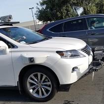 Apple bắt đầu thử nghiệm xe tự lái trên đường