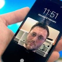 Chức năng mở máy bằng khuôn mặt trên iPhone 8 sẽ an toàn hơn Galaxy S8?
