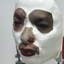 """Bkav qua mặt iPhone X bằng chiếc mặt nạ """"nửa thật nửa giả"""""""