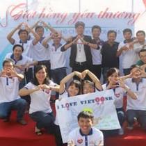 Cán bộ nhân viên VietBank hiến máu cứu người