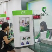 Vietcombank muốn thành lập ngân hàng con tại Lào  