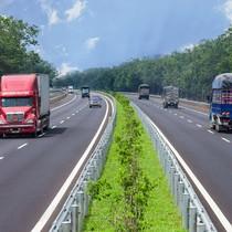 Chỉ đạo nổi bật: Đầu tư 55.000 tỷ vốn trái phiếu xây cao tốc Bắc - Nam