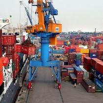Thủ tướng yêu cầu kiểm soát chặt nhập khẩu để giảm nhập siêu