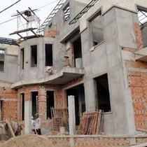 Cấp phép xây dựng là bắt buộc, nhưng không được gây phiền hà cho dân