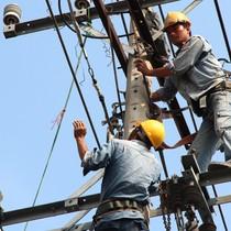 Doanh nghiệp 24h: EVN tiếp tục xin tăng giá điện?
