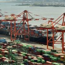"""Kiểm soát cảng biển châu Á: Một """"cuộc chiến"""" khác giữa Trung Quốc và Nhật"""