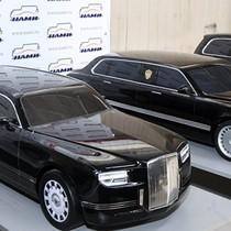 Ông Putin thử siêu xe limousine do Nga sản xuất