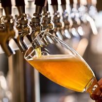 Ly bia giá 24.000 đồng thì hơn 12.000 đồng là tiền thuế