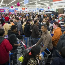 Giới bán lẻ Mỹ mong kiếm lãi đậm dịp mua sắm Black Friday