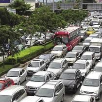 TP.HCM đề xuất thu phí xe ô tô vào trung tâm để giải quyết kẹt xe: Coi chừng phá sản!
